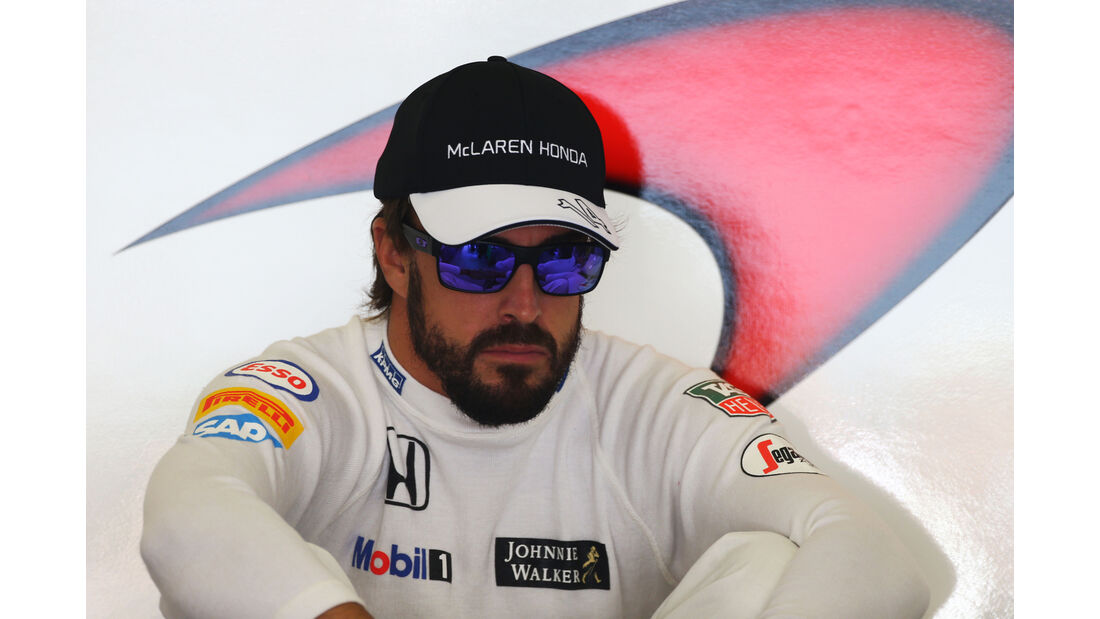 Fernando Alonso - McLaren - Formel 1 - GP China - Shanghai - 11. April 2015