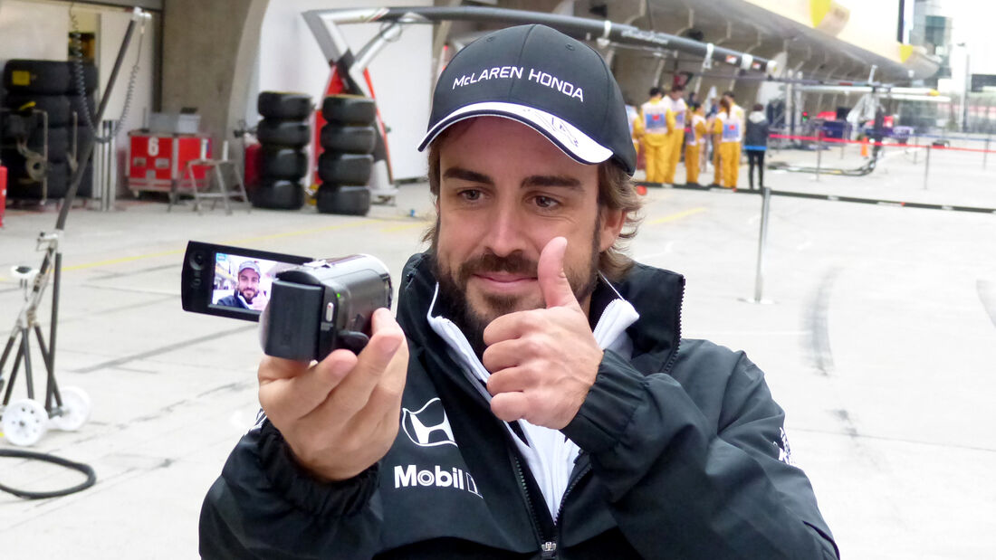 Fernando Alonso - McLaren - Formel 1 - GP China - Shanghai - 9. April 2015