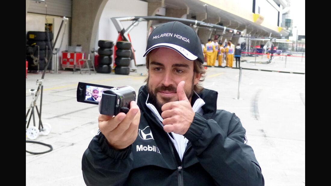 Fernando Alonso - McLaren - Formel 1 - GP China - Shanghai - 9. April 2015