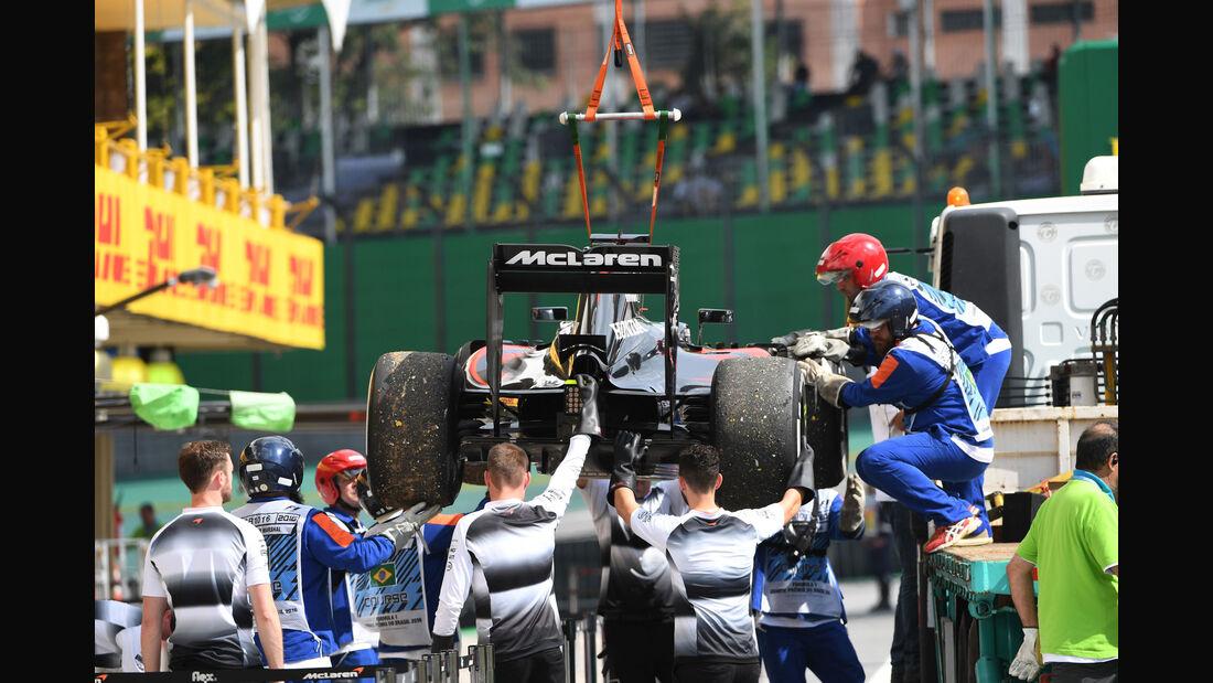 Fernando Alonso - McLaren - GP Brasilien - Interlagos - Freitag - 11.11.2016