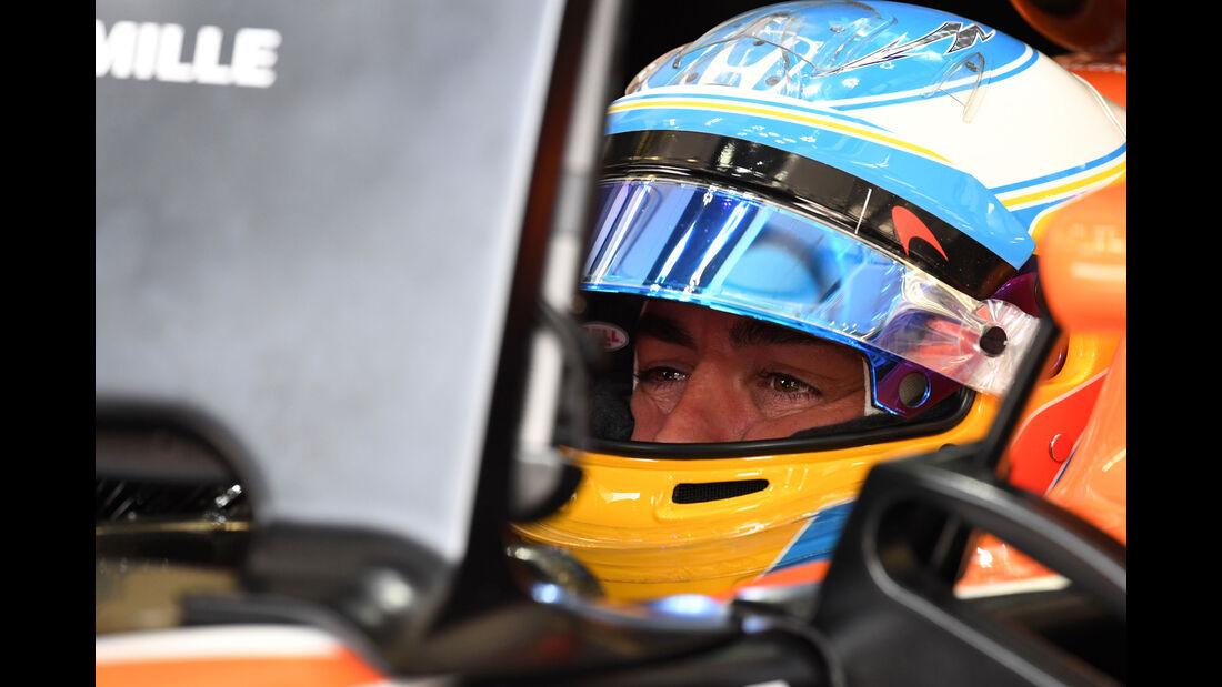 Fernando Alonso - McLaren-Honda - Formel 1 - GP Bahrain - Sakhir - Training - Freitag - 14.4.2017
