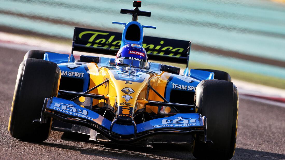 Fernando Alonso - Renault R25 - Formel 1 - GP Abu Dhabi - Freitag - 11.12.2020