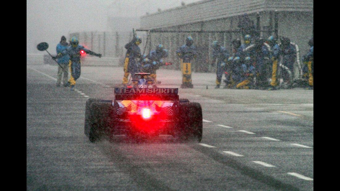 Fernando Alonso - Renault - Silverstone - Test - 2005