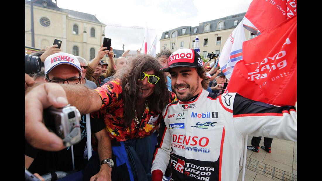 Fernando Alonso - Toyota - 24h Le Mans 2018 - Scrutineering
