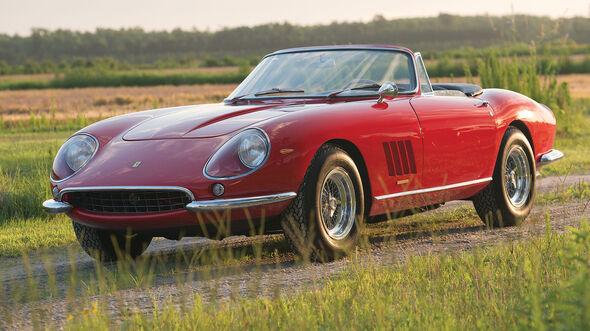 Ferrari 275 GTB/4 N.A.R.T. Spider (1967) RM Sotheby's