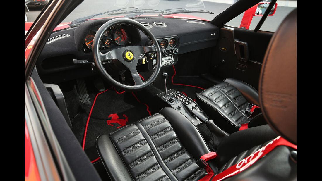 Ferrari 288 GTO, Cockpit