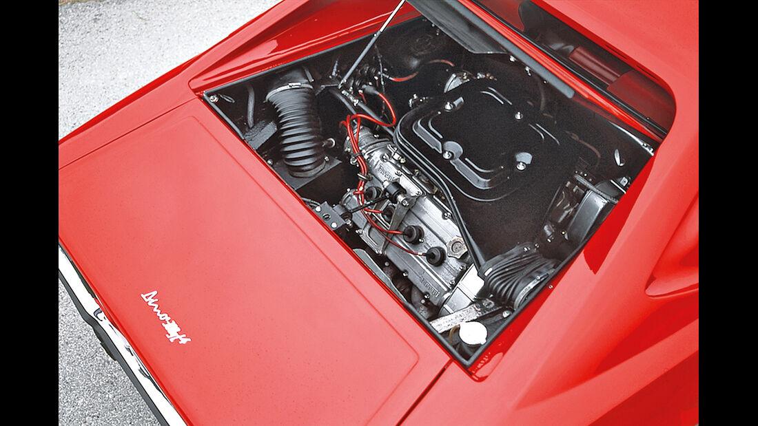 Ferrari 308 GT4, Motor