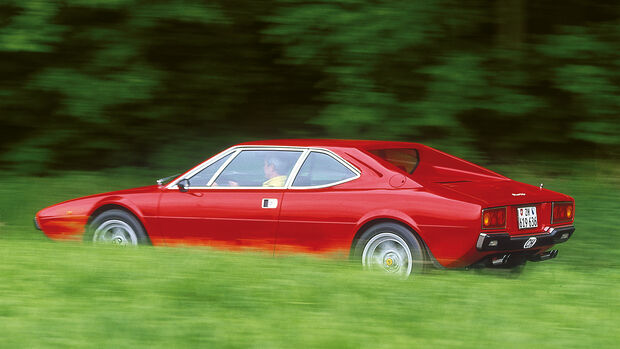 Ferrari 308 GT4, Seitenansicht