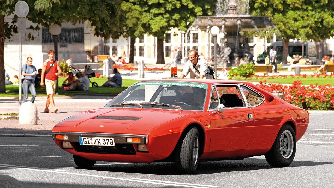 Ferrari Dino 308 Gt4 Fährt Super Preise Explodieren Auto Motor Und Sport