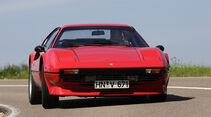 Ferrari 308 GTB in Fahrt von vorne