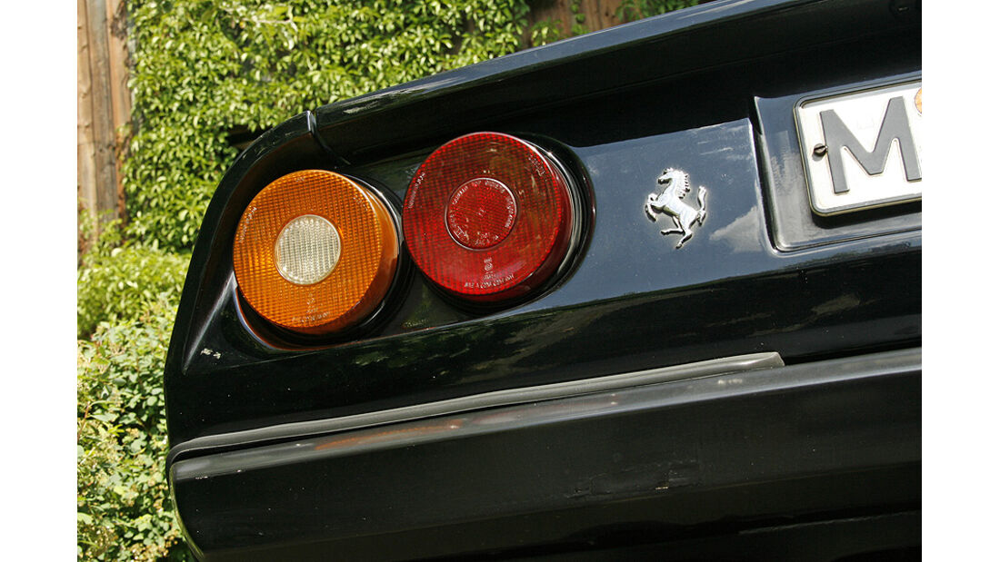 Ferrari 308 GTS, Rückleuchten