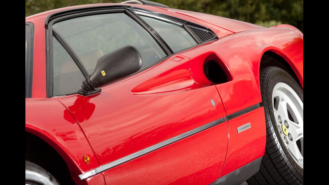 Ferrari 328 GTB, Seite