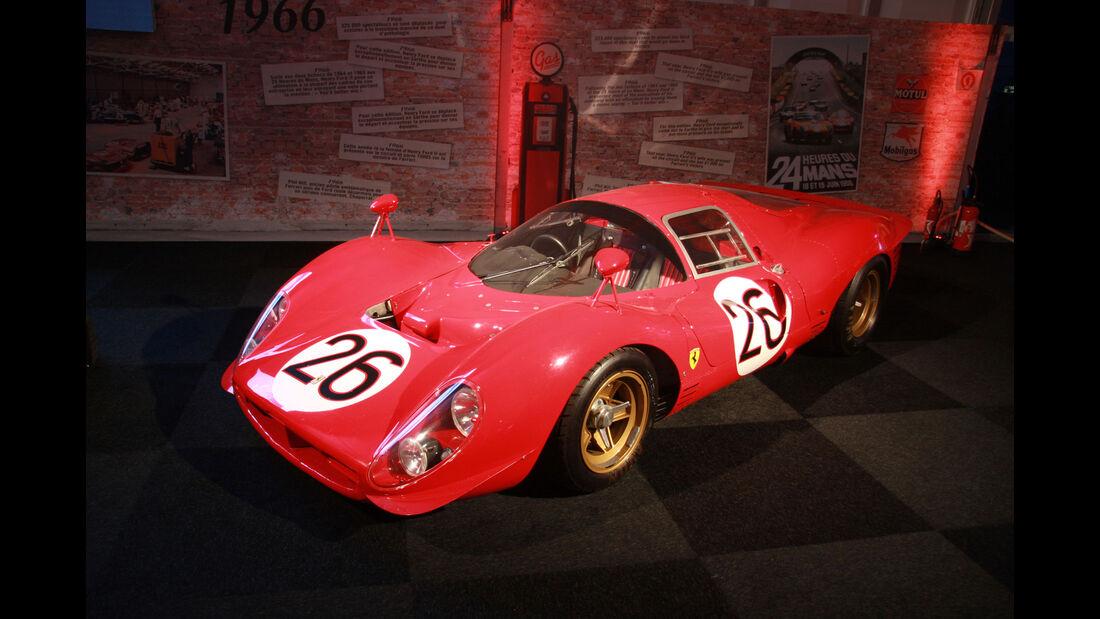 Ferrari 330 P4 #26 Daytona - Ausstellung - Le Mans