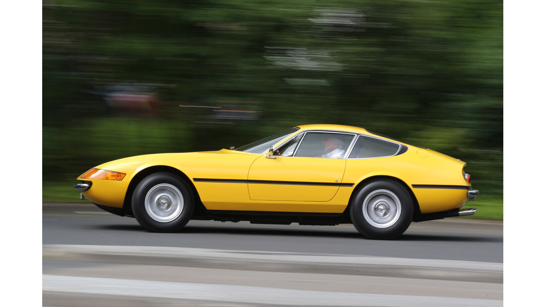 Ferrari 365 GTB/4, Seitenansicht