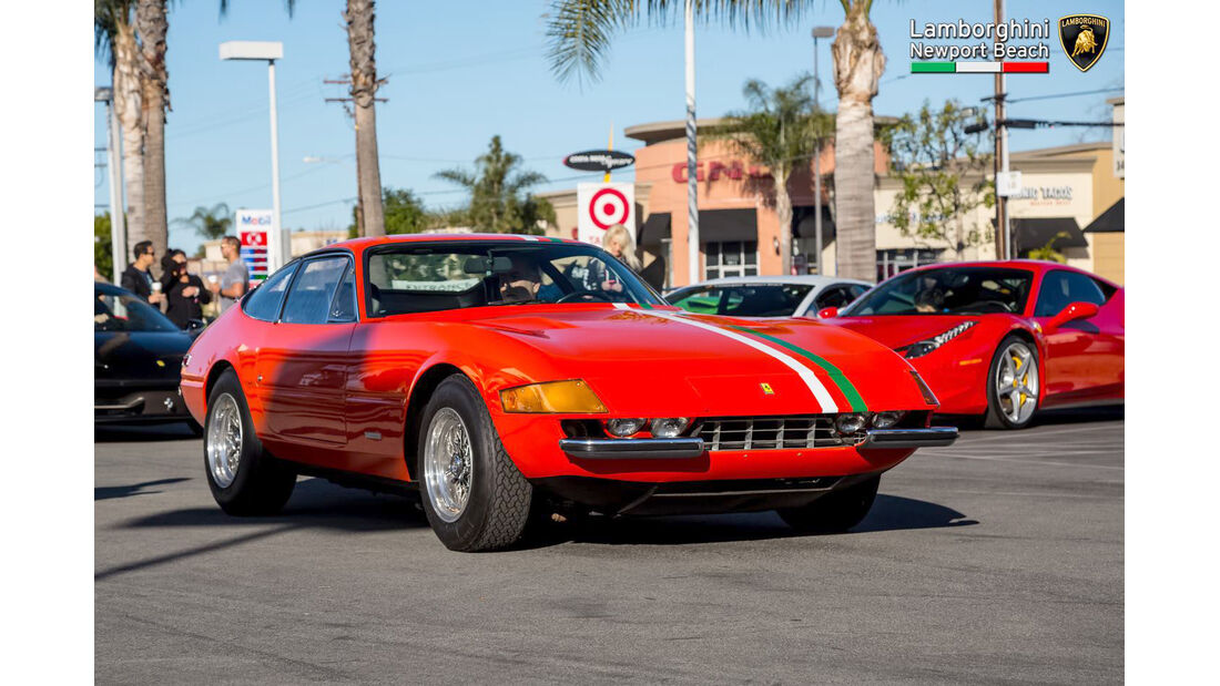 Ferrari 365 GTB Daytona Coupé - Supercar Show - Lamborghini Newport Beach