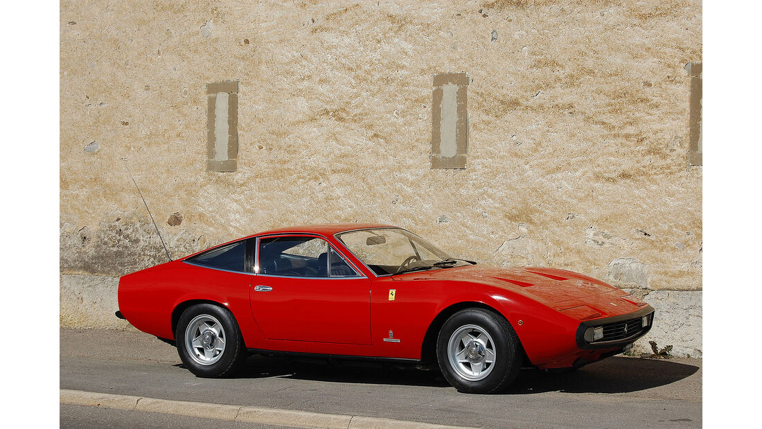 Ferrari-365-GTC-4-1972