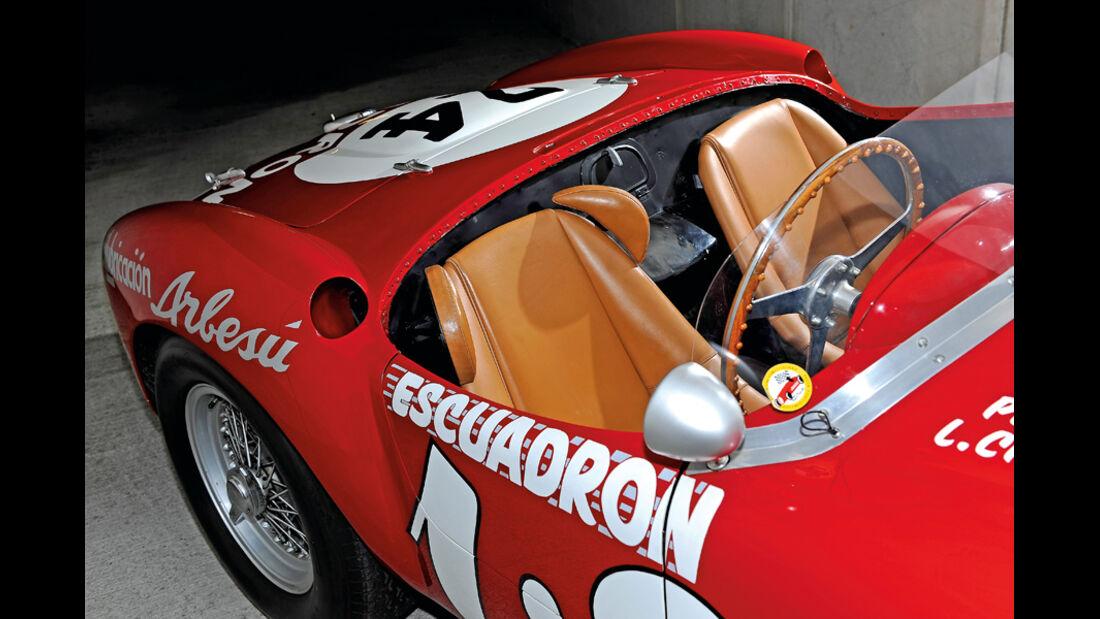Ferrari 375 MM Spider, Sitze, Ledersitze