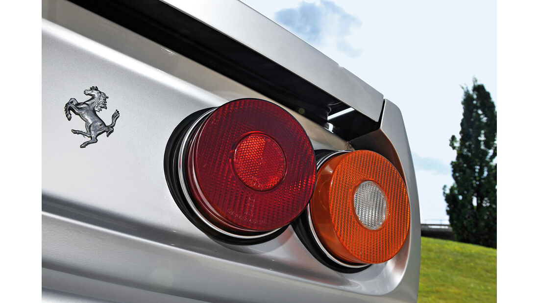 Ferrari 400 GT / 400(i) / 412, Heckleuchte