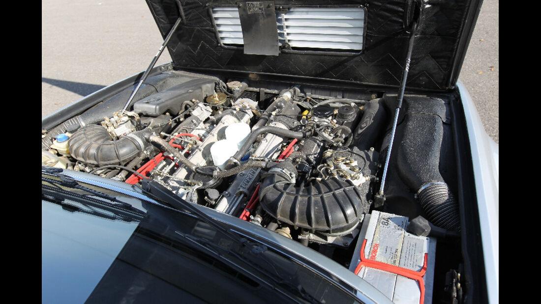 Ferrari 412, 1988, Frontlichter, Motorraum, Detail