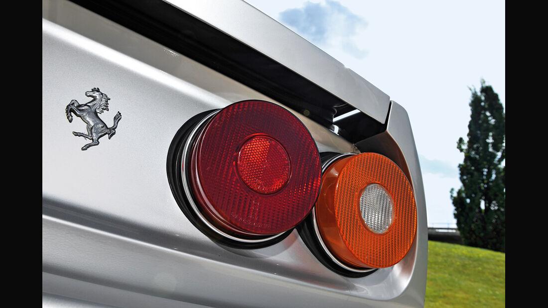 Ferrari 412, Heckleuchte