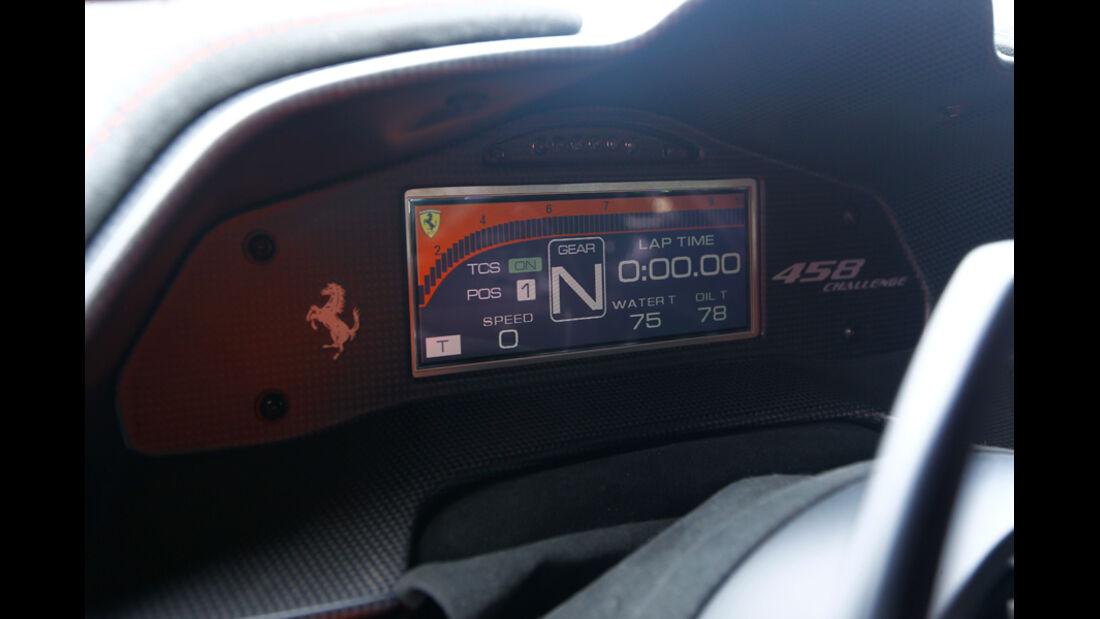 Ferrari 458 Challenge, Detail, Anzeige