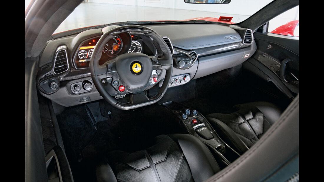 Ferrari 458 Italia, Cockpit