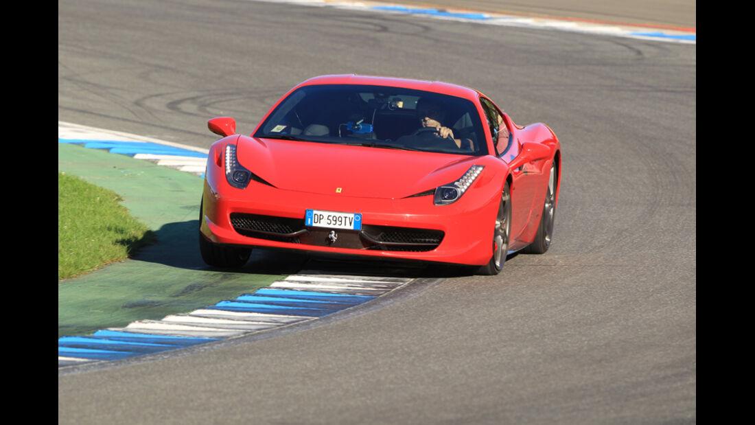 Ferrari 458 Italia, Kurvenfahrt