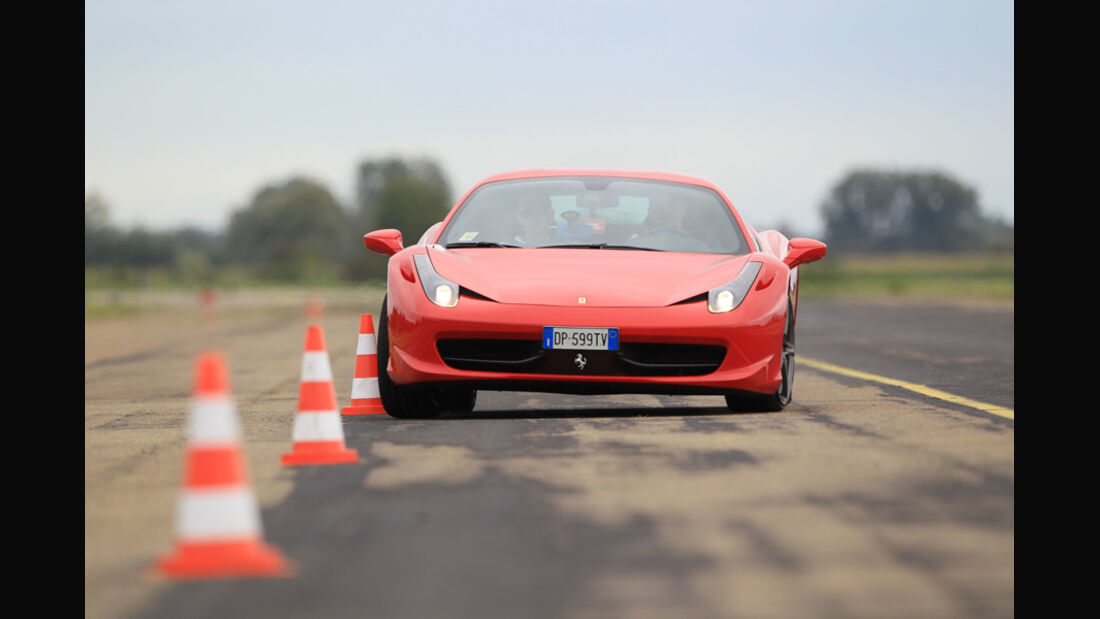 Ferrari 458 Italia, Slalom, Front