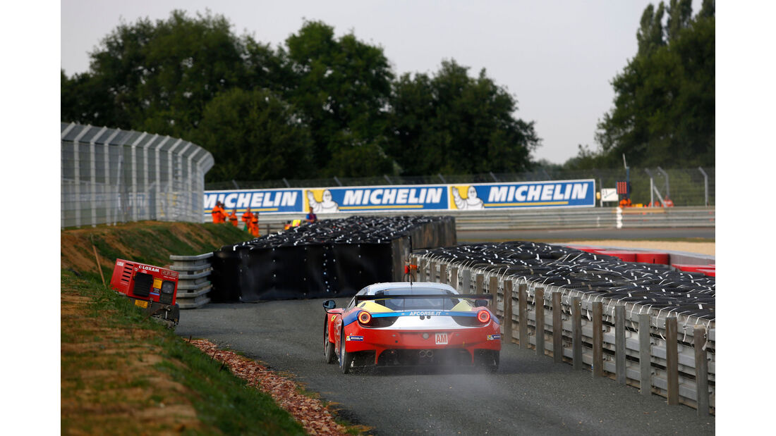 Ferrari 458 Italia - Startnummer #55 - 24h-Rennen Le Mans 2015 - Donnerstag - 12.6.2015