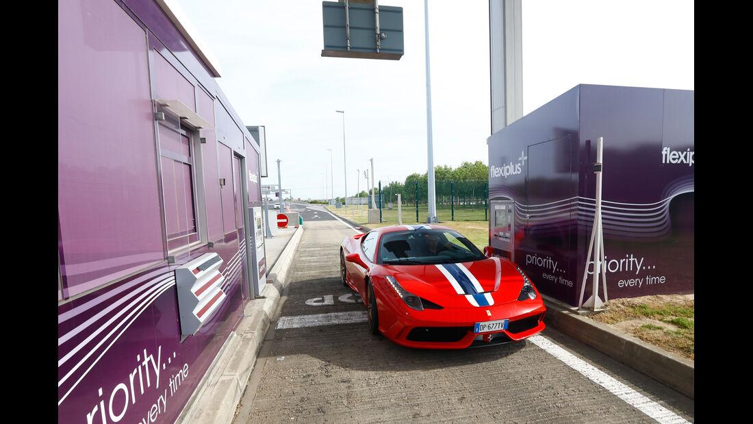 Ferrari 458 Speciale, Frontansicht