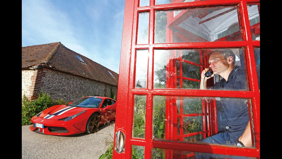 Ferrari 458 Speciale, Frontansicht, Telefonzelle