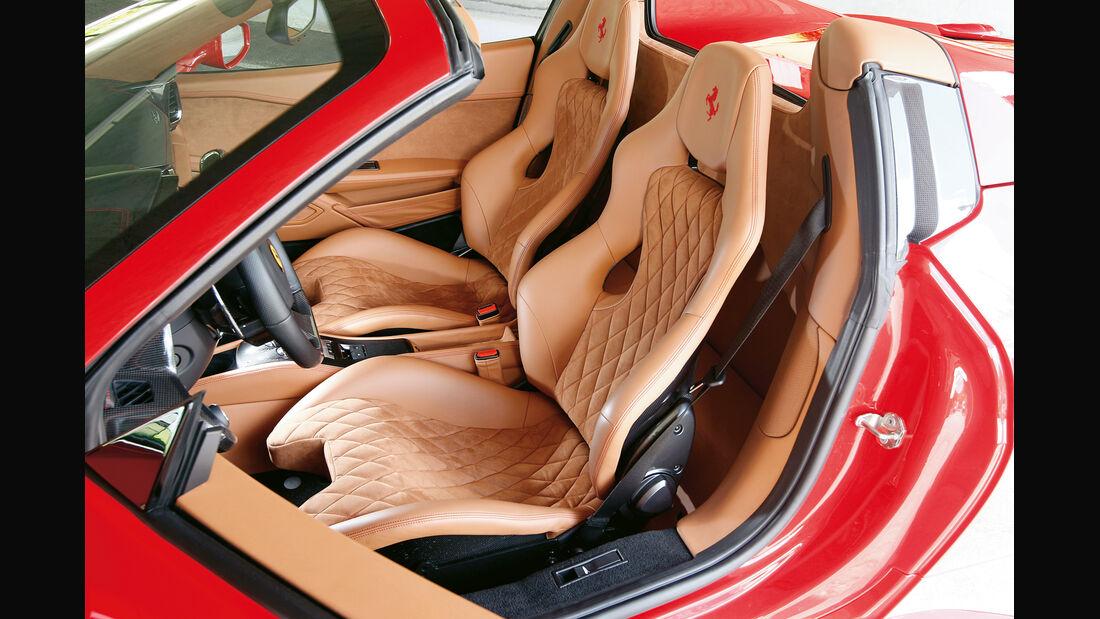 Ferrari 458 Spider, Fahrersitz