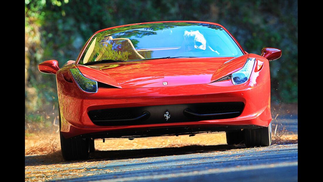 Ferrari 458 Spider, Front