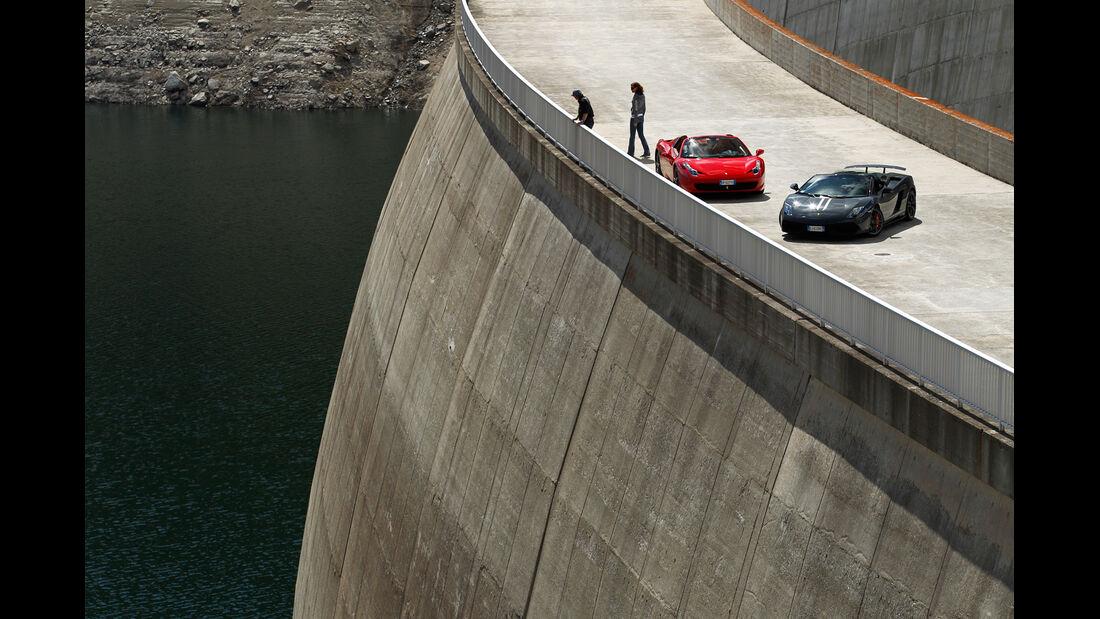 Ferrari 458 Spider, Lamborghini Gallardo Spyder Performante, Staumauer