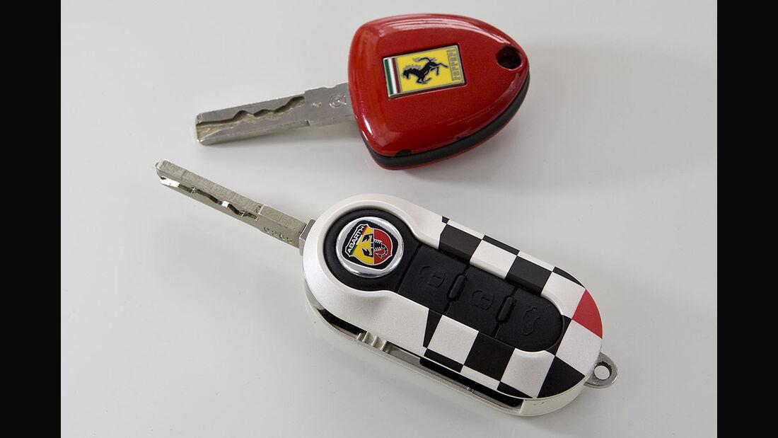 Ferrari 599 GTB Fiorano vs Fiat 500 Abarth