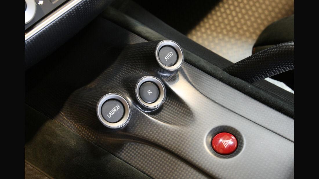 Ferrari 599 GTO, Bedeinelemente