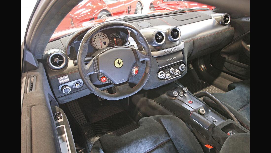 Ferrari 599 GTO, Lenkrad
