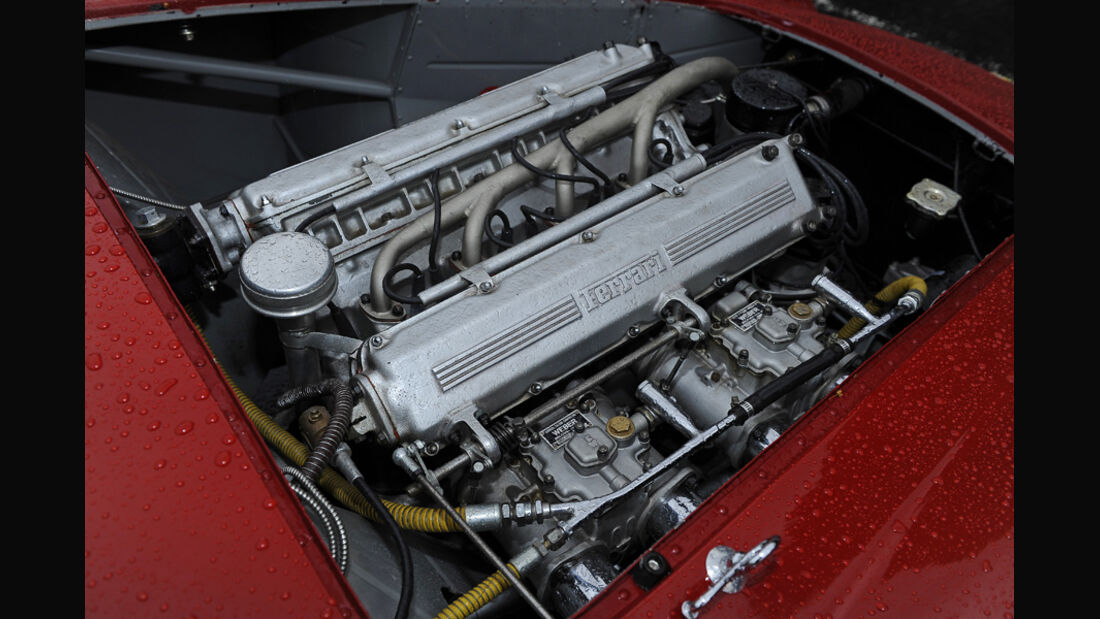 Ferrari 750 Monza, Motor
