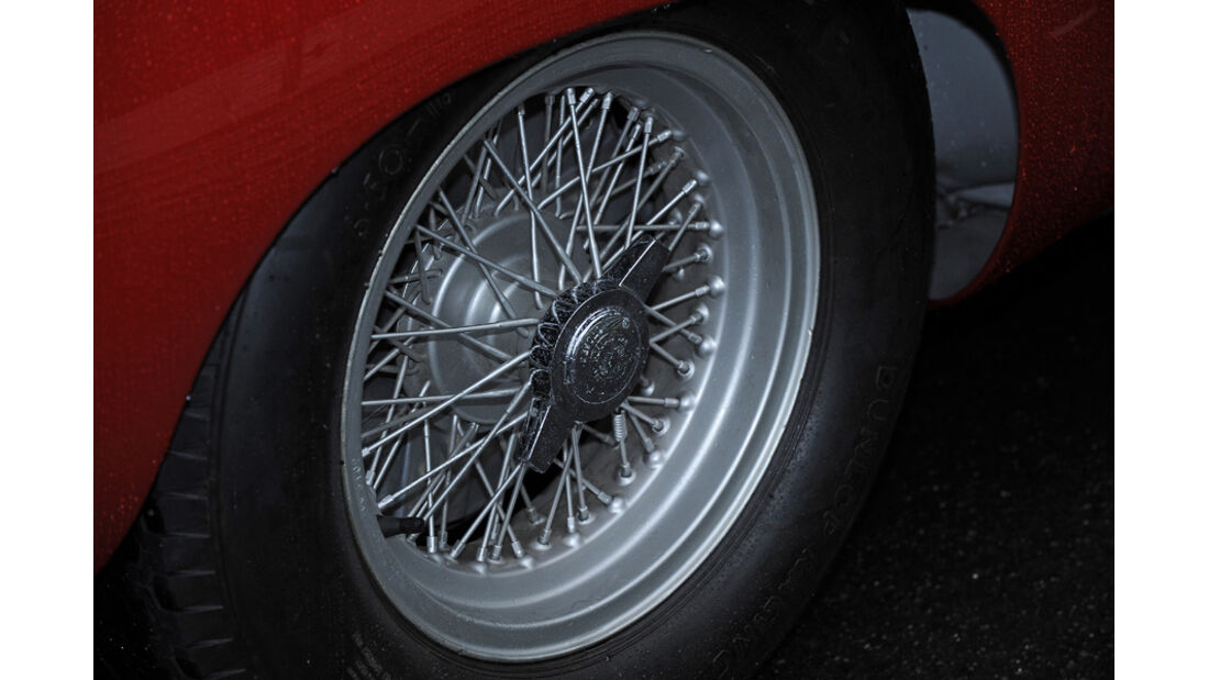 Ferrari 750 Monza, Speichenrad