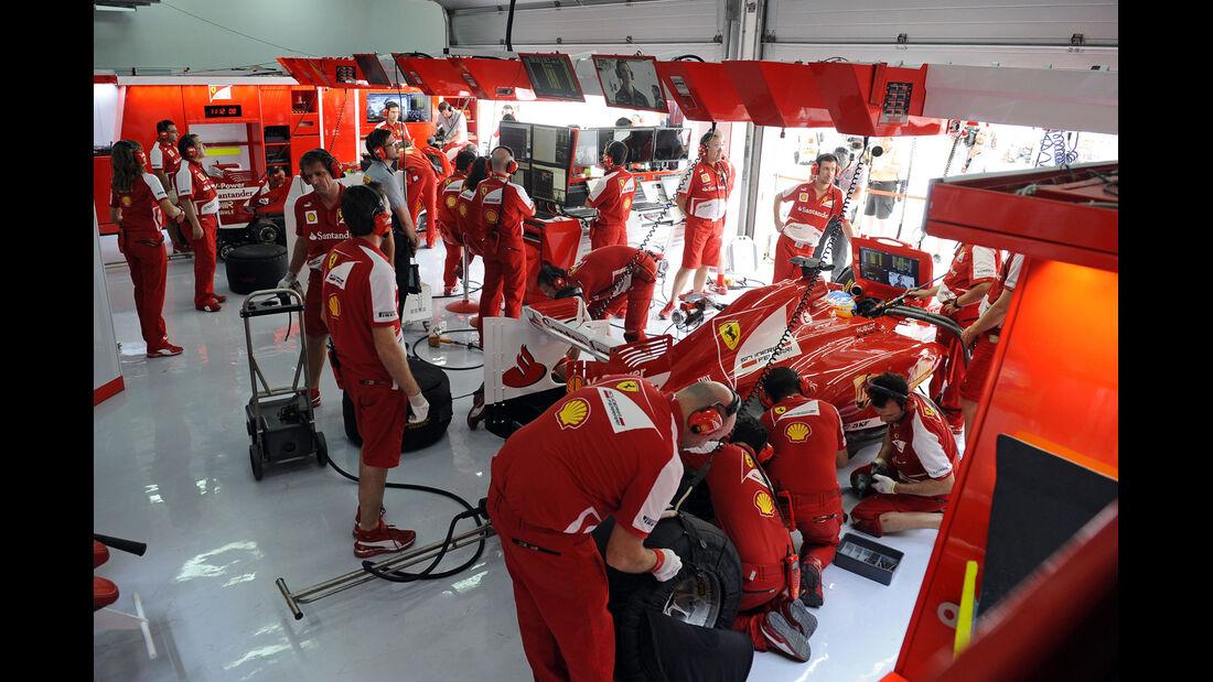 Ferrari Box - Formel 1 - GP Bahrain - 20. April 2013