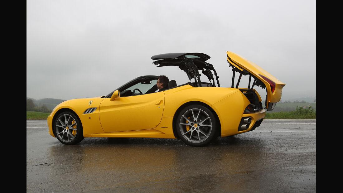 Ferrari California, Cabrio, Dach öffnet