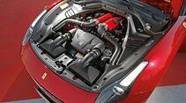 Ferrari California T, Motor