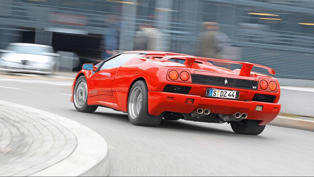 Ferrari Diablo, Exterieur