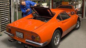 Ferrari Dino 246 GT, Ferrari Dino 246 GTS