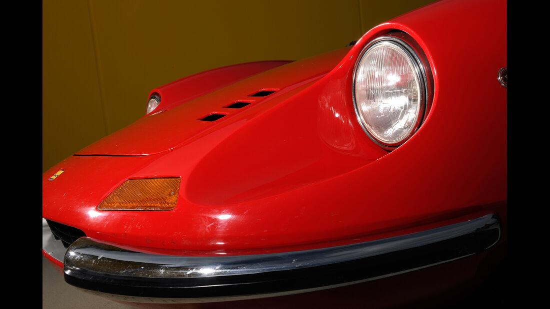 Ferrari Dino 246 GTS, Frontscheinwerfer