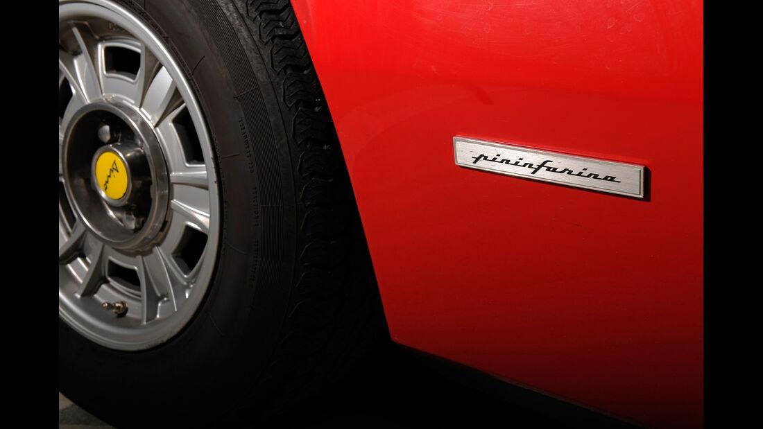 Ferrari Dino 246 GTS, Pininfarina, Schriftzug