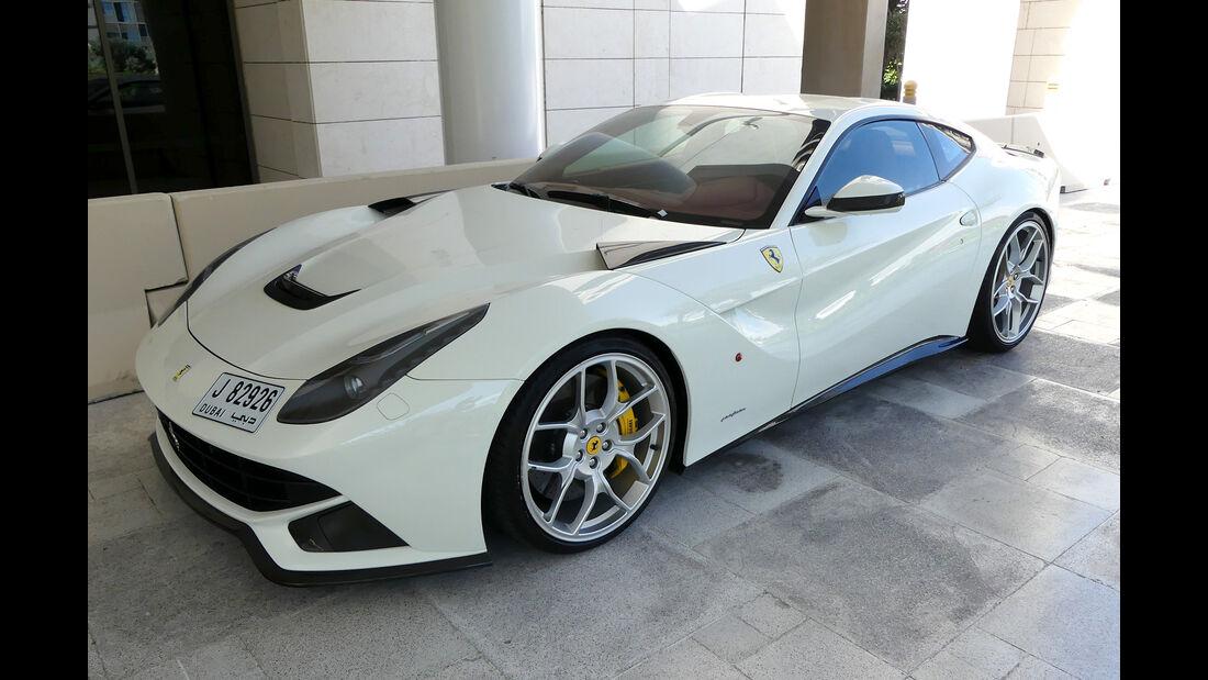 Ferrari F12 Berlinetta - Carspotting - Abu Dhabi 2017