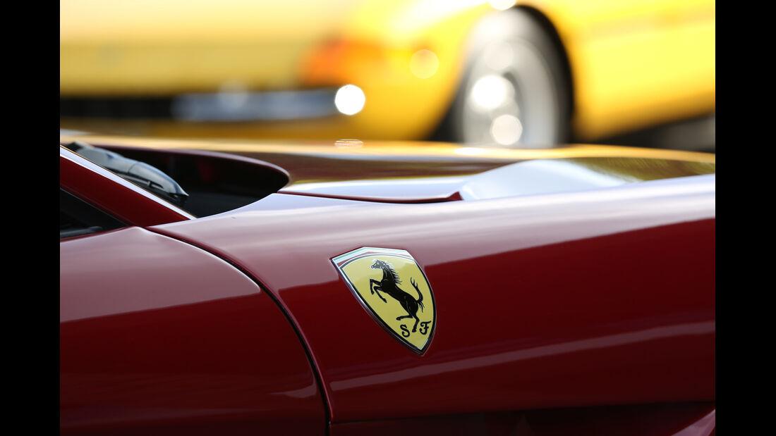 Ferrari F12 Berlinetta,  Emblem