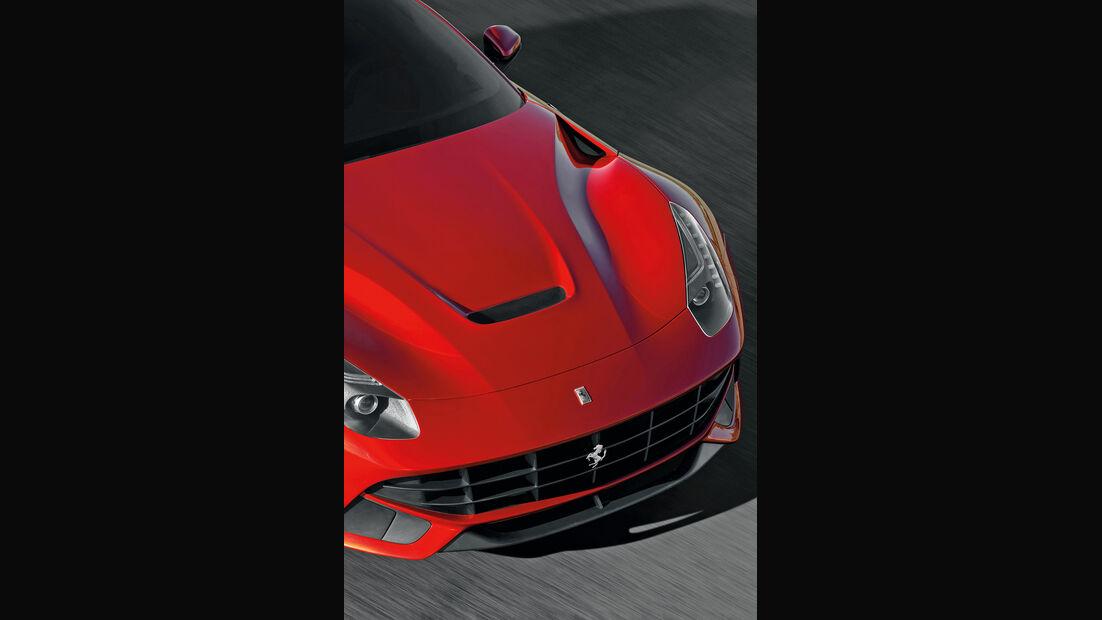 Ferrari F12 Berlinetta, Motorhaube