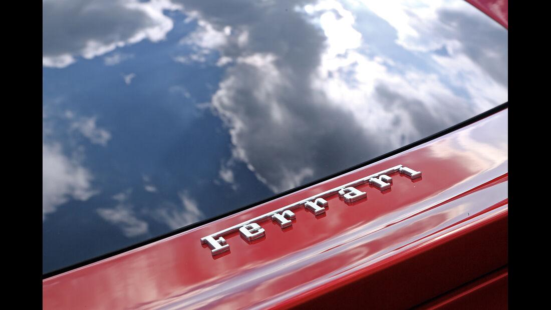 Ferrari F12 Berlinetta,  Schriftzug